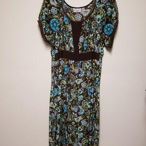 Avenue Knee-length Dress with Keyhole Detail